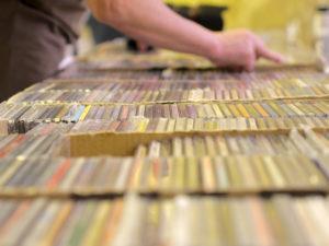 廃盤CDの買取相場は??高額買取になるCDの特徴をお教えします!