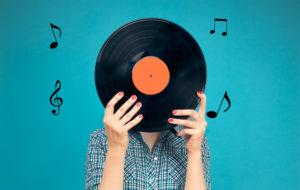 レコードは今が売り時!プレミア化している高額盤が多いジャンルを解説